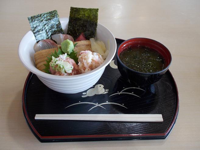 夏の浜丼.JPG